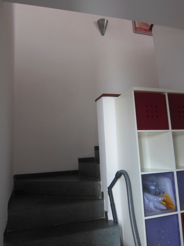 Twist in stairs; storage to right