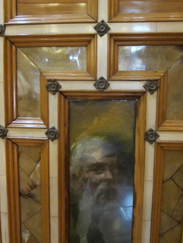 Chapel doors made of bone, wood, bronze