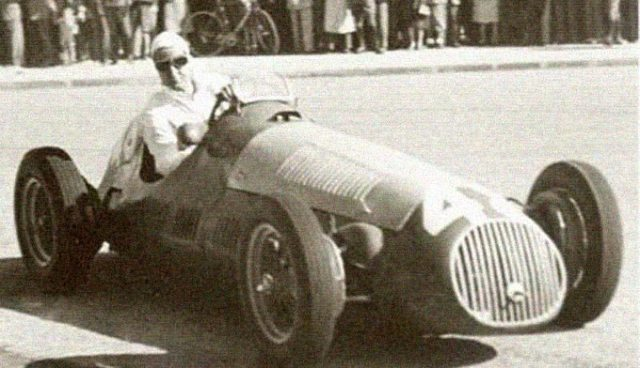Francisco Godia in a Formula 1