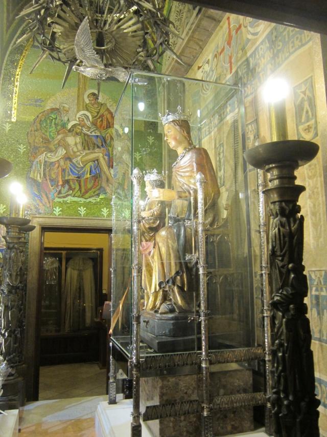 The virgin's chamber